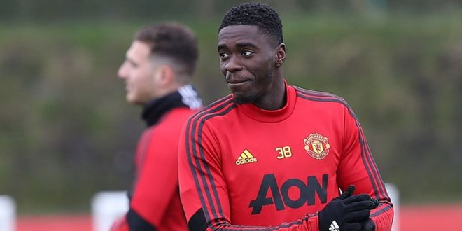 Axel Tuanzebe, Manchester United